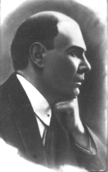 16 noyabrda Abbas Mirzə  Şərifzadə güllələnib