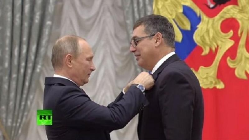 Putin azərbaycanlı olimpiya çempionunu təltif etdi – FOTO