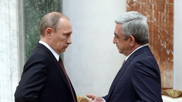 Sərkisyan Putinin qabağında ağladı… – Erməni politoloq