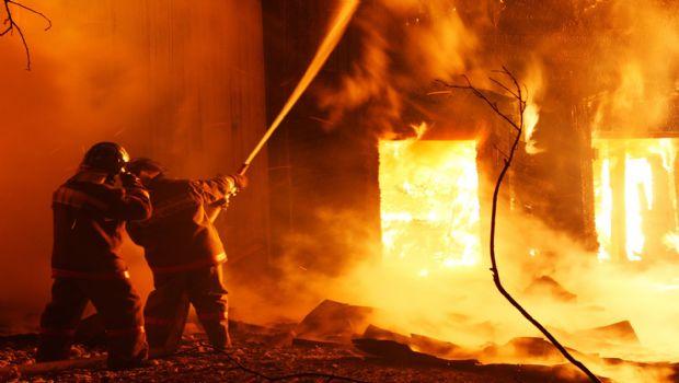 Şamaxı rayonunda bir neçə ev yanıb