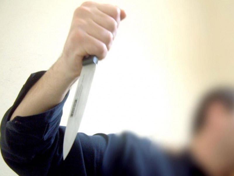 Qardaş iki uşaq anası olan bacısını bıçaqladı – Qazaxda