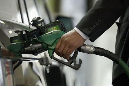 Azərbaycanda benzin istehsalı azaldı