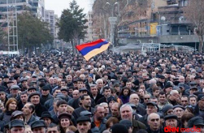 Ermənistan əhalisi sürətlə azalır