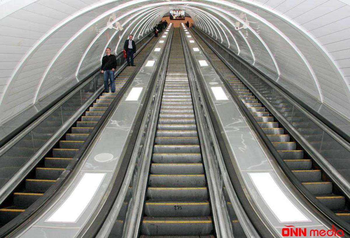 Metroda hərəkət bərpa olundu