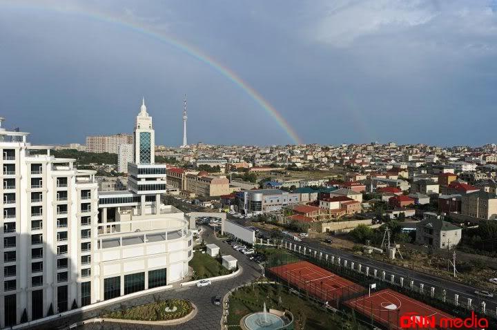 Villa sahibləri Badamdarı TƏRK EDİR