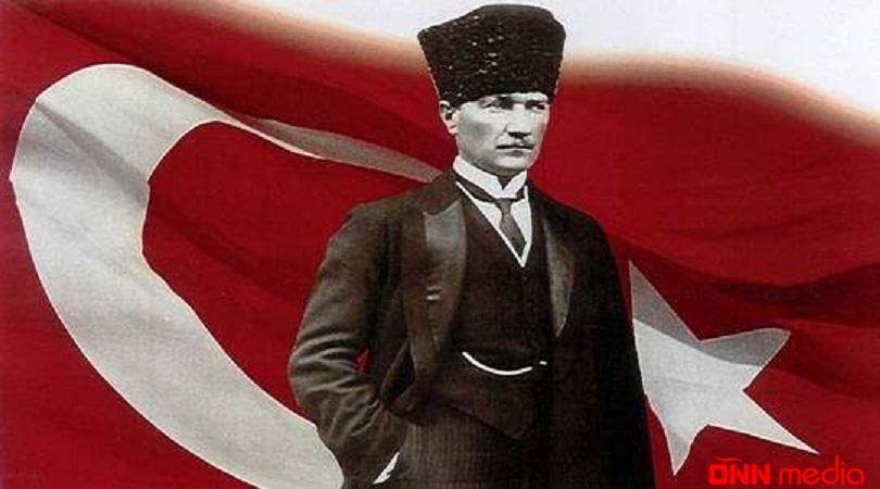 """""""Baş müəllim"""" – Qazi Mustafa Kamal Atatürk"""