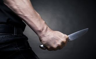 Bakıda polis vəzifə başında bıçaqlandı