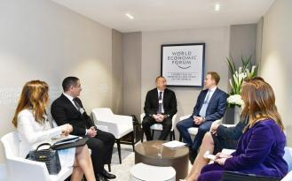 İlham Əliyev Davos forumunda: ilk görüş – FOTOLAR