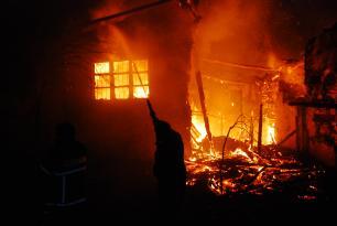 Köməksiz qalan 16 nəfər xilas edildi – VİDEO