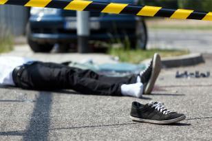 15 yaşlı piyadanı maşın vurdu
