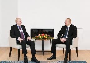 İlham Əliyev Davosda görüşlər keçirir
