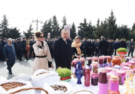 İlham Əliyev və xanımı Novruz şənliyində