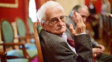 Əfsanəvi rejissor vəfat etdi