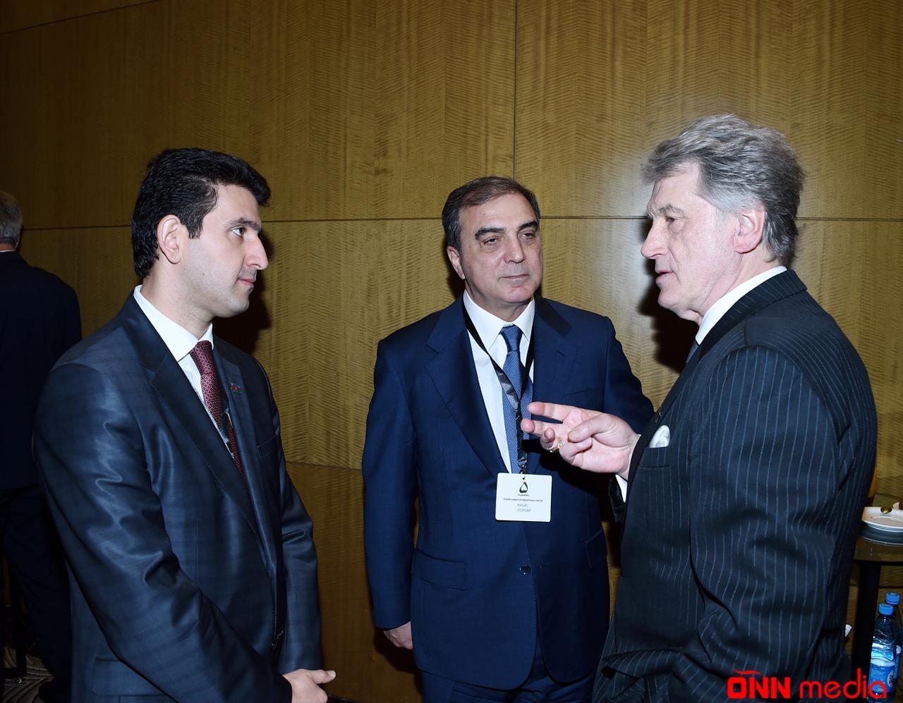 Niyazi Bayramov VII Qlobal Bakı Forumda iştirak edir