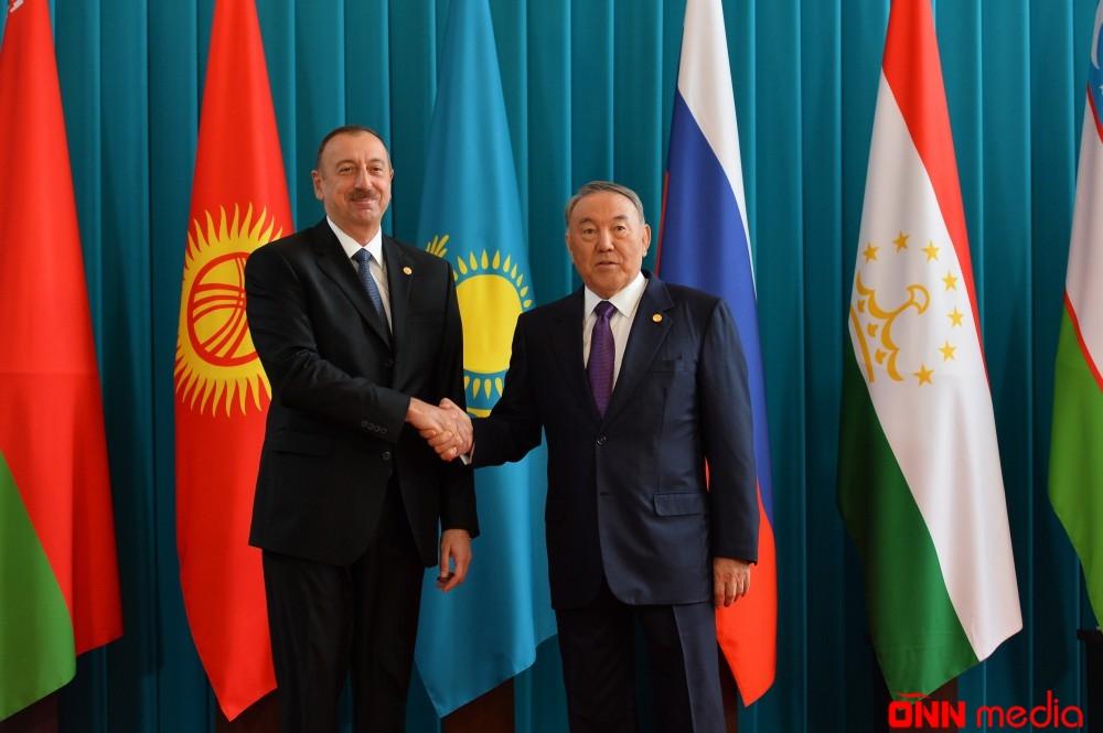 İlham Əliyev Nursultan Nazarbayevə zəng elədi