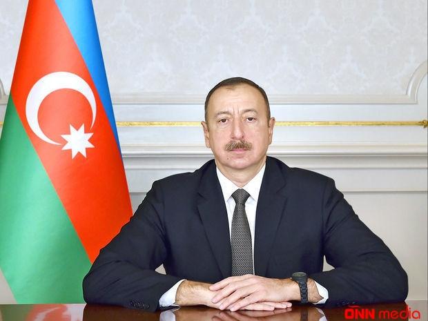 İlham Əliyev yeni doğulan körpəyə ev verdi