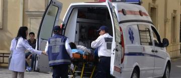 Bakıda 26 yaşlı oğlan bıçaqlandı