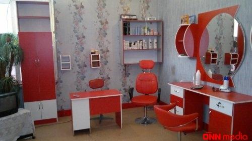Bakıda ukraynalı qadın gözəllik salonunda DƏHŞƏT YAŞADI