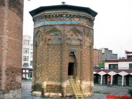 Azərbaycanın 800 illik abidələri məhv olur