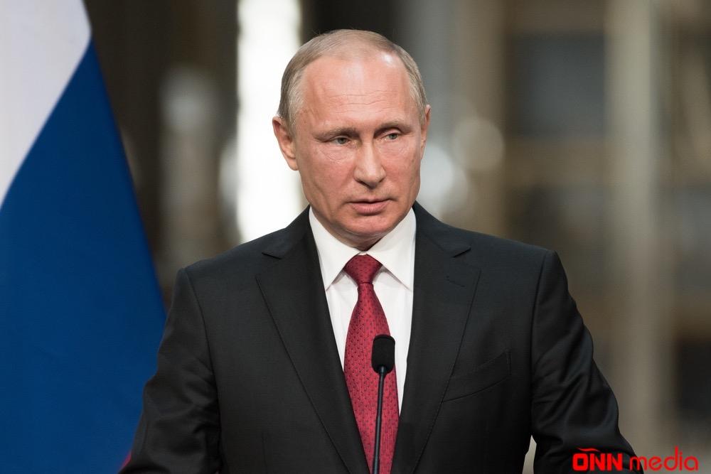 Soçidə Putinlə Pompeonun görüşü başladı