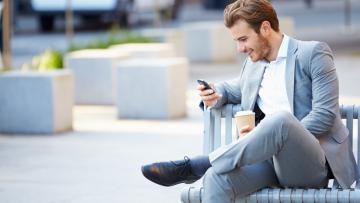 Mobil telefondan çox istifadə insanın kəllə quruluşunu dəyişib – ŞOK TƏDQİQATLAR