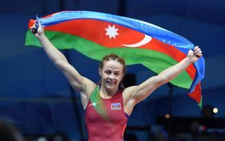 Mariya Stadnikdən qızıl medal!