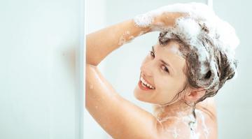 Saçları sabunla yumaq olarmı? – Mütəxəssis rəyi