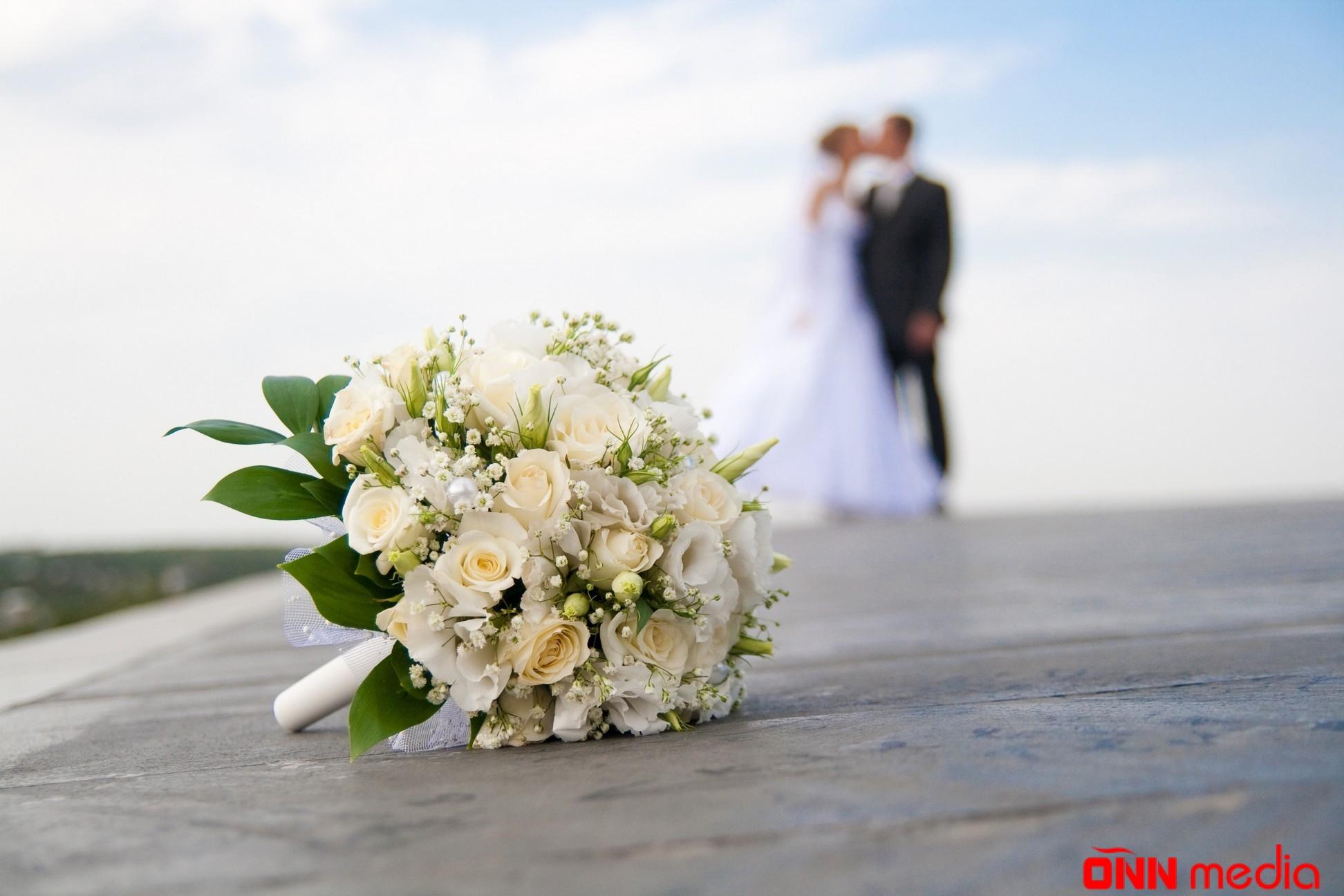 Ölkədə evlənənlərin sayı boşananları 3 dəfə üstələdi