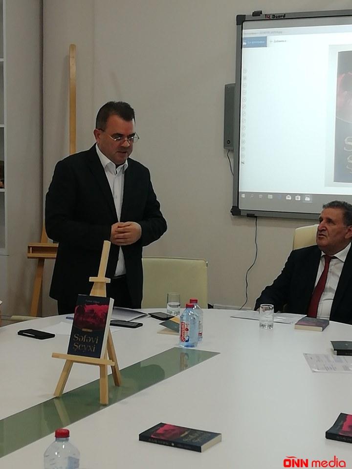 """Yunus Oğuzun """"Səfəvi Şeyxi"""" romanı təqdim olundu – FOTOLAR"""