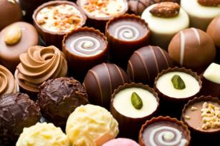Gündə nə qədər şokolad yemək olar? – Həkim rəyi