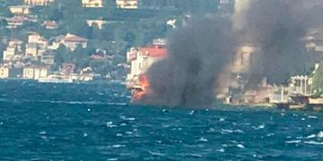 İstanbul boğazında yaxta YANDI: 8 nəfər… – Video