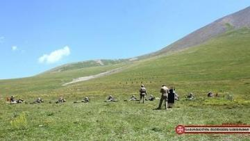 Hərbçilərimiz Saçxere dağında təlim keçir