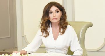 Mehriban Əliyeva şəhid pilotun ailəsinə başsağlığı verdi