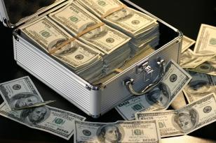Sabah dollar neçəyə olacaq? – Mərkəzi Bank AÇIQLADI