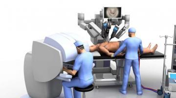 Dünyada ilk dəfə robot ürək əməliyyatı etdi