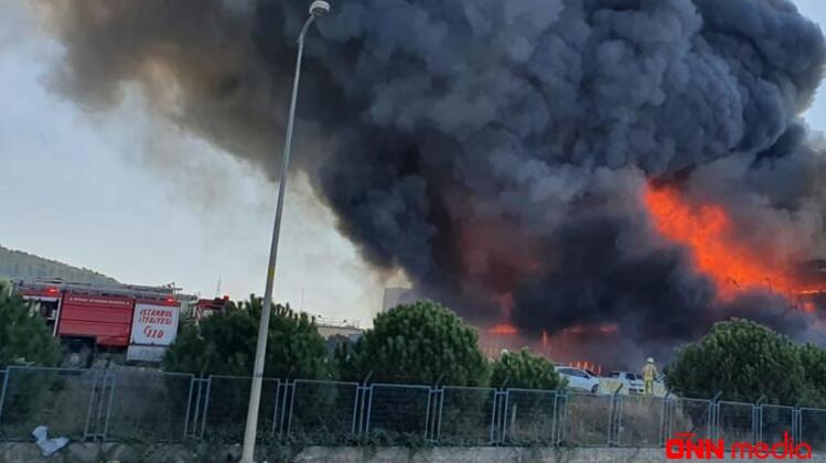 Türkiyədə fabrikdə güclü yanğın