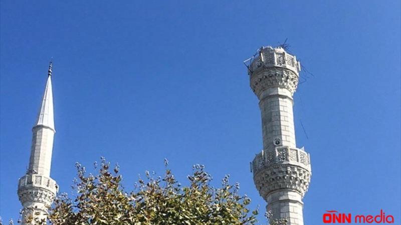 İstanbulda zəlzələ minarəni belə yıxdı –  FOTOLAR