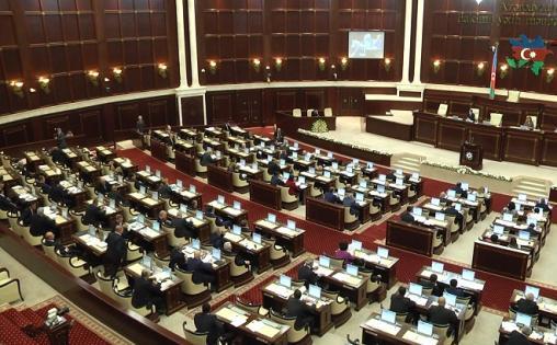 Deputatların pensiyası artırılacaq – Hadı Rəcəbli AÇIQLADI