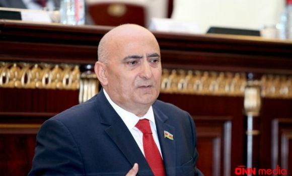 """""""Təhsil əlçatan olmalıdır""""— Musa Qasımlı"""