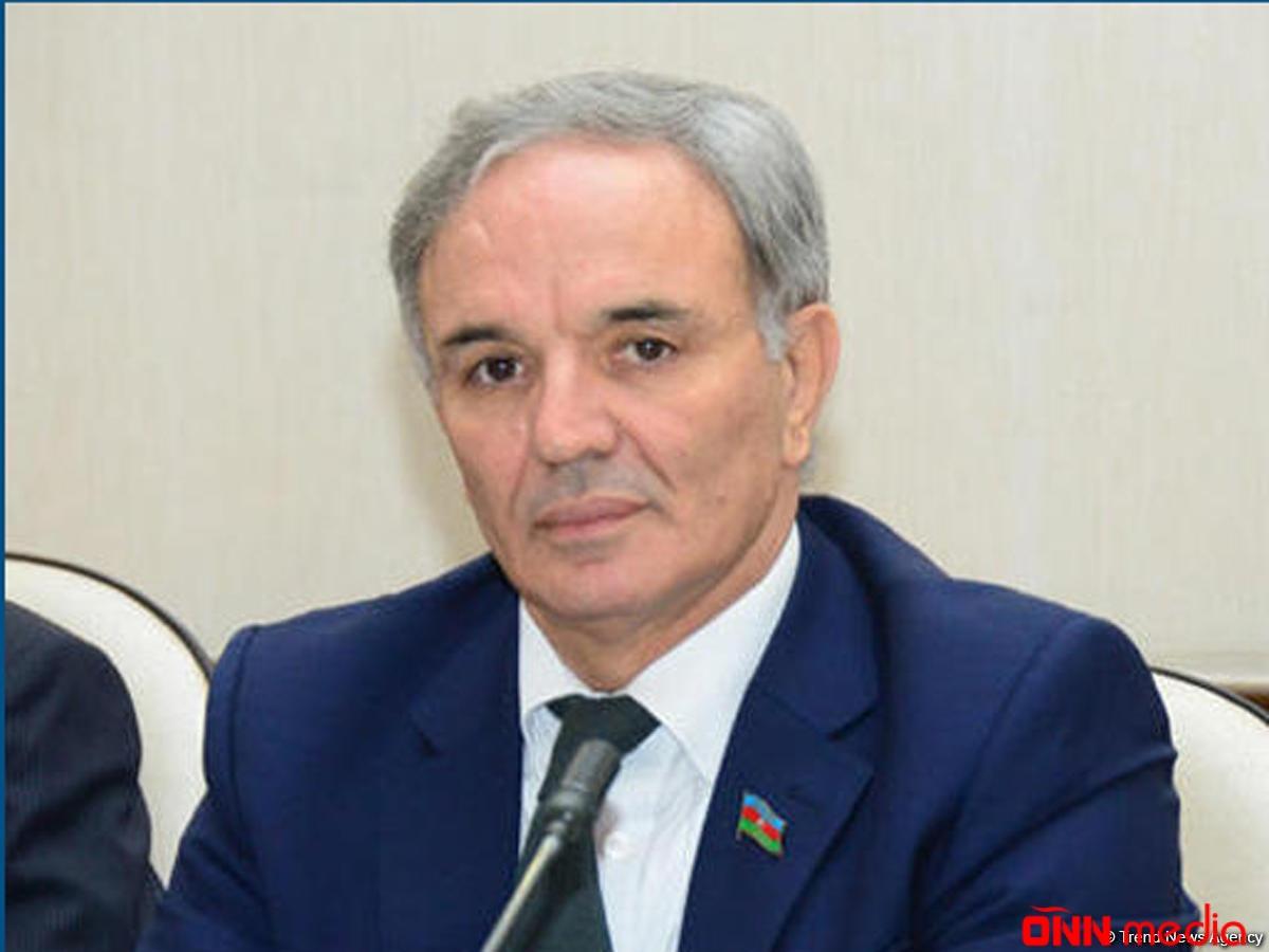 Əflatun Amaşov QDİƏT PM-in komitəsinin iclasında çıxış edib