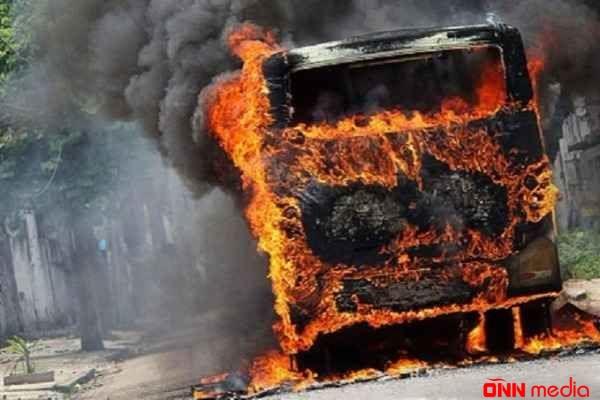 Bakı yaxınlığında avtobus yandırıldı – HƏBS EDİLƏN VAR