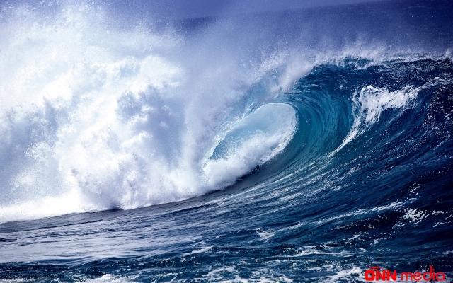 Neft Daşlarında dalğanın hündürlüyü 4,8 metrə çatdı – FAKTİKİ HAVA