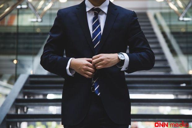 İş adamlarının – NƏZƏRİNƏ
