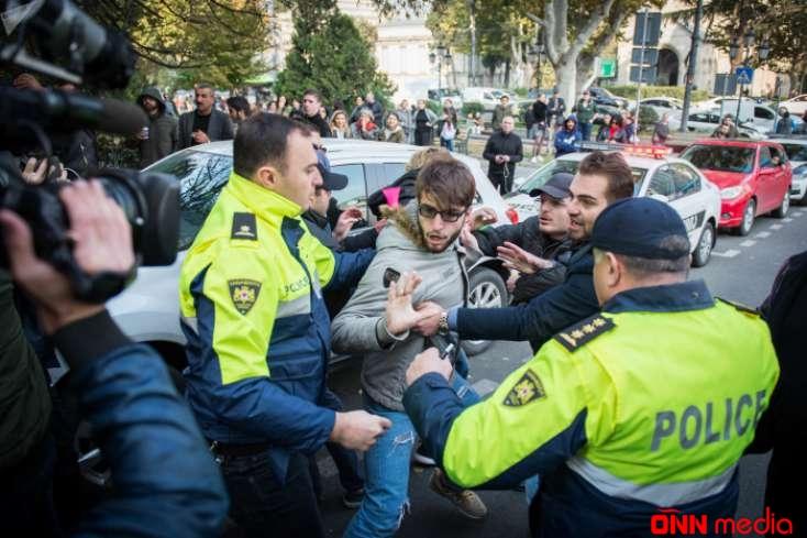 Tbilisinin mərkəzində etiraz aksiyası keçirildi