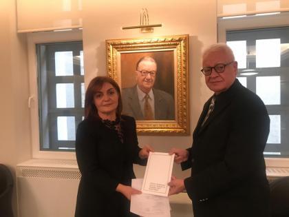 Azərbaycanlı professor Aygün Attar Türkiyə-Azərbaycan Dostluq, Əməkdaşlıq və Həmrəylik Fondunun sədri seçilib.