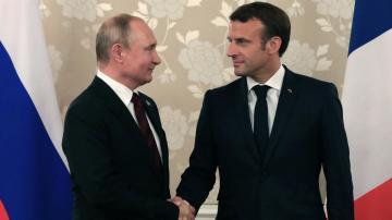Putinlə Makron telefonda danışdılar