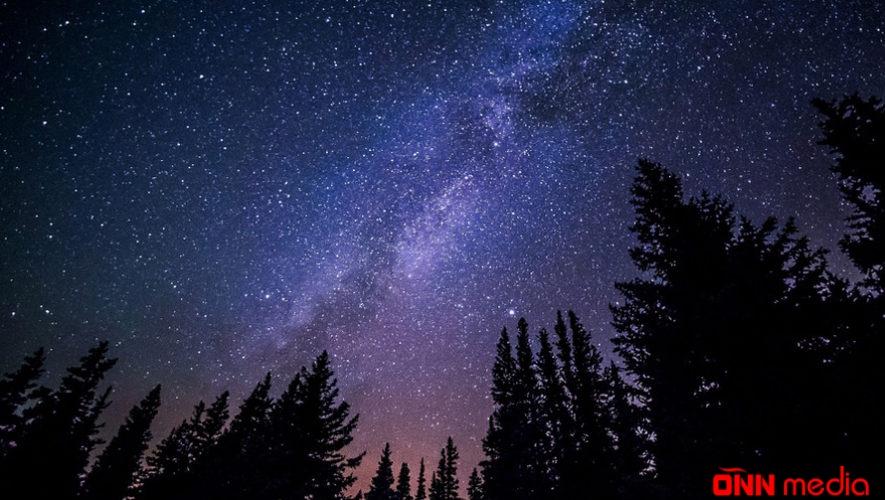 Bu gecə Leonid meteor yağışının atmosferdə maksimum aktivliyi müşahidə edildi