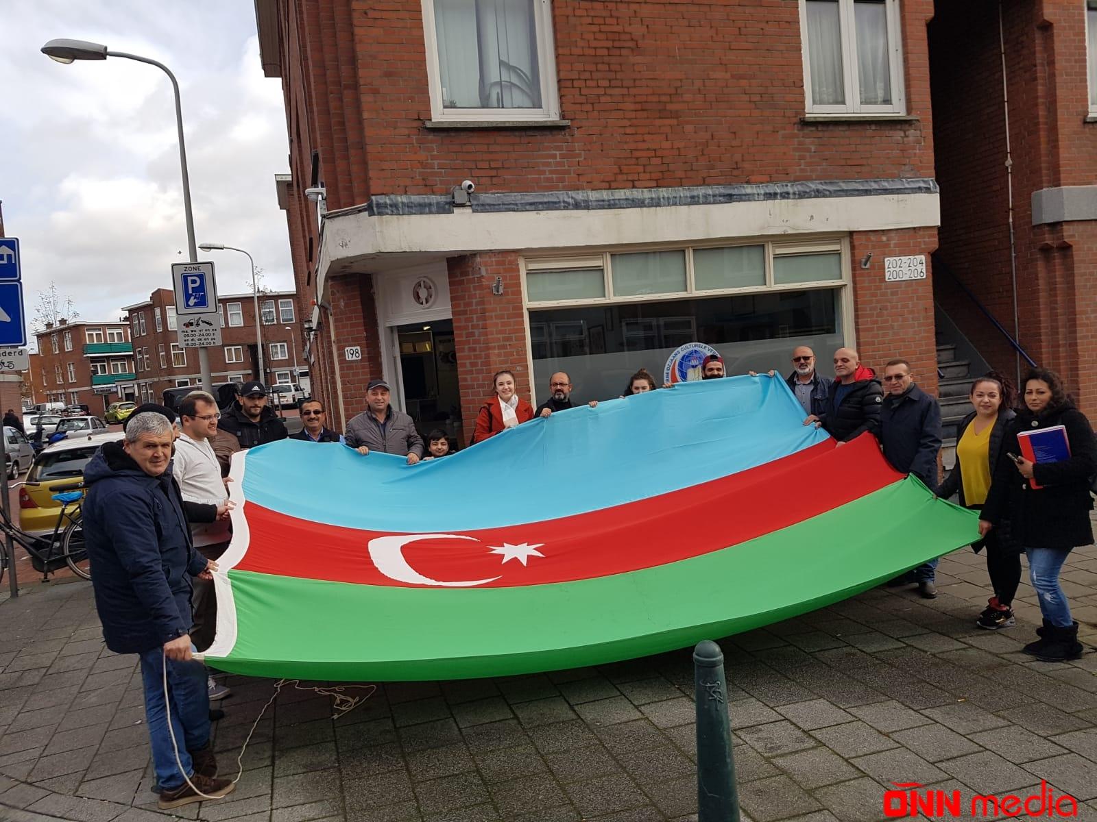 Hollandiyada Bayraq Günü qeyd edildi – FOTOLAR