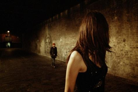 Gənc qadın gecə saatlarında evindən itkin düşdü