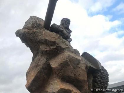 Bakıda Milli Qəhrəman Albert Aqarunovun heykəlinin rəsmi açılışı olub
